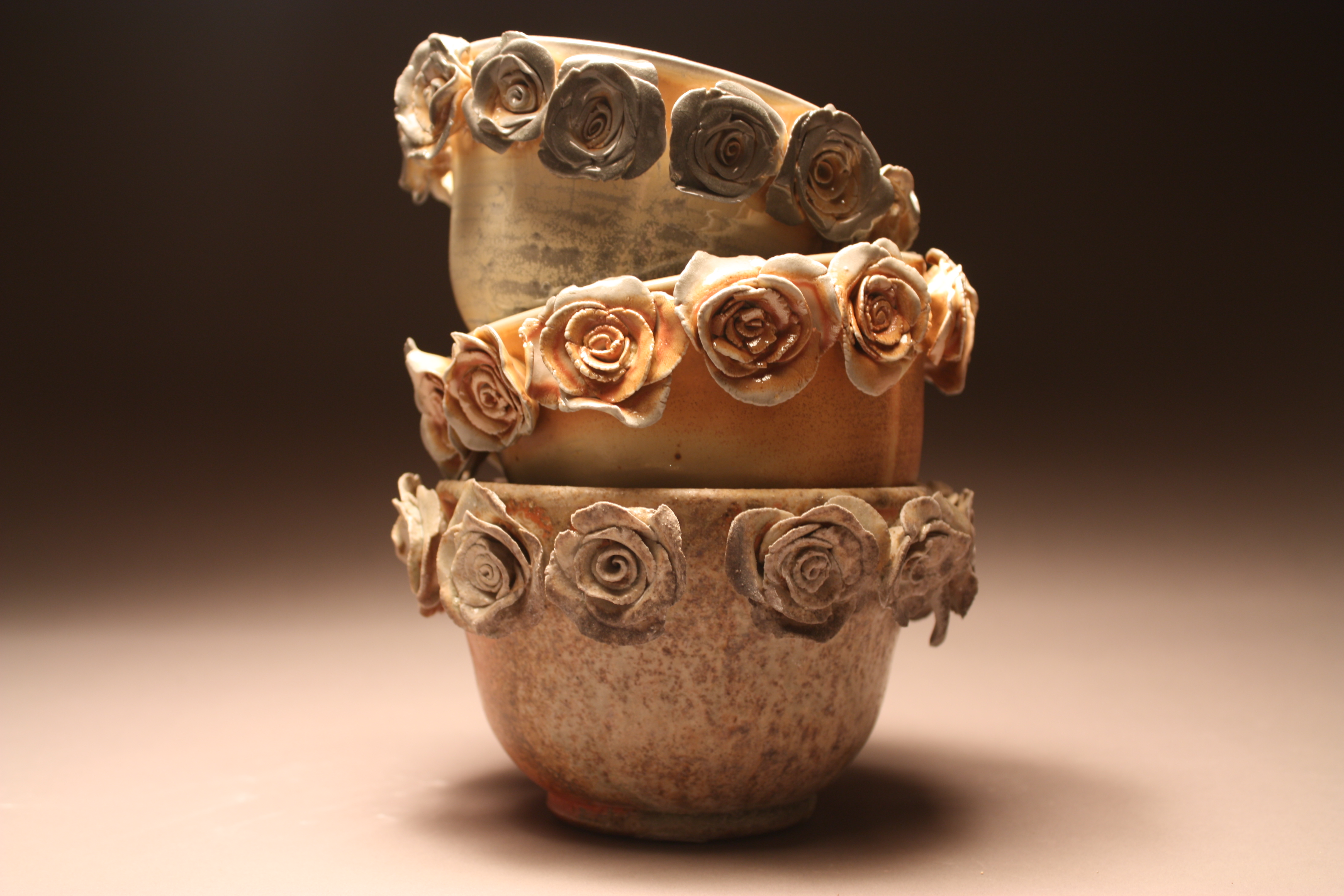 Ceramics flower magazine having already sold more than 100 ceramic vases depicting roses or lilies caroline reehl is quickly building a name for herself reviewsmspy